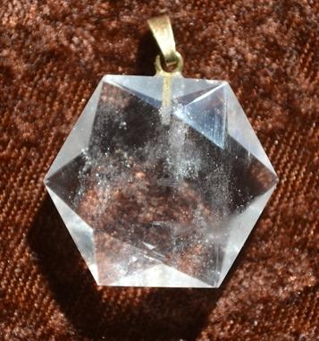 Bergkristall-FEENSTEIN-Anhänger  Gebohrt