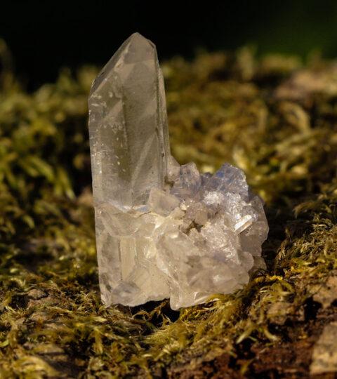 Mini-Natur-Bergkristall-Grüppchen
